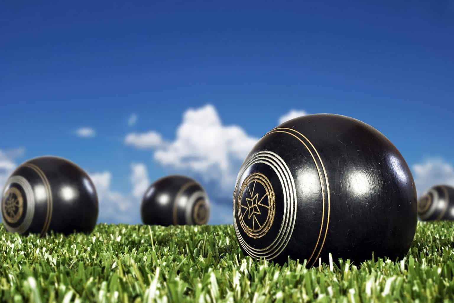 Attwood Marshall Lawyers sponsor men of league bowls day at coolangatta bowls club